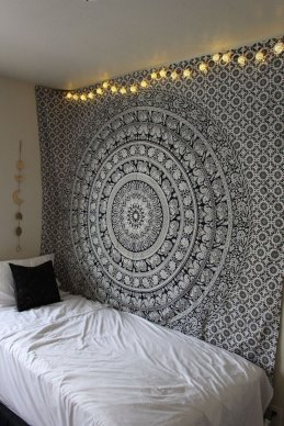 ArtBoxStore Wall Tapestry